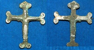 Antigua Pequeña Cruz Religiosa De Metal. Ancient Cross, Antique. 60