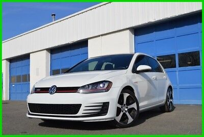 2015 Volkswagen Golf 2.0T SE 4-Door Leather Interior Heated Seats Power Moonroof Fender Audio Rear View Camera &More
