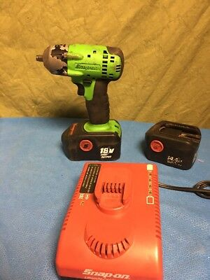 """SNAPON 3/8"""" Drive 18v Impact Gun. W Charger & 2 Batteries. CT4418. Green"""