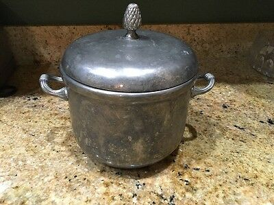 International Silver Co. Silver Plated Ice Bucket with lid