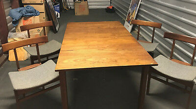 Mid-century solidteak Danish dining set - France and Son. Asian inspired design