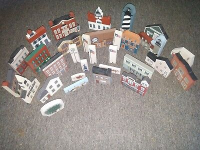The Cat's Meow Village - Vintage Lot of 31 Assorted Pieces (1986-1997)