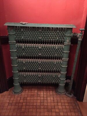 Decorative Antique Vintage Cast Iron Hot Water Radiator (Narrow)