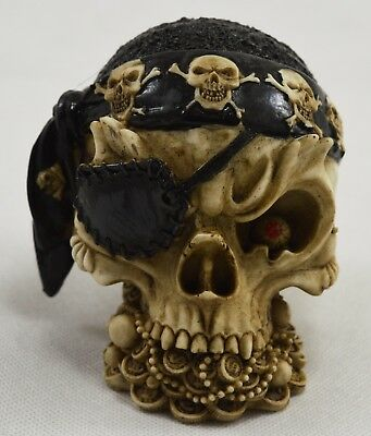 Highly Detailed RARE Mini Skull Statue//Ornament Occult//Supernatural//Death NEW!