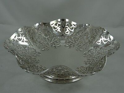 ATTRACTIVE solid silver FRUIT DISH, 1973, 368gm