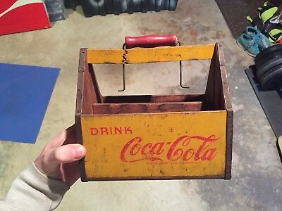 Wooden Yellow Drink Coca Cola 6 Pack Bottle Carrier Caddy Pause Go Refreshed VTG