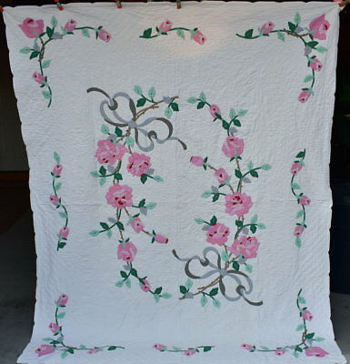 "Antique ""Gray Bow Floral Applique"" Quilt, Pink Roses on White Background #18177"