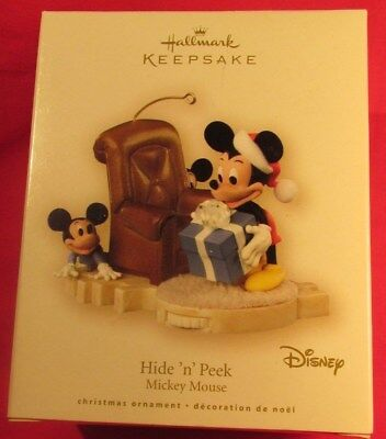 Hallmark Disney Christmas Ornament Hide'n' Peek Mickey Mouse, Motion, NRFB 2007