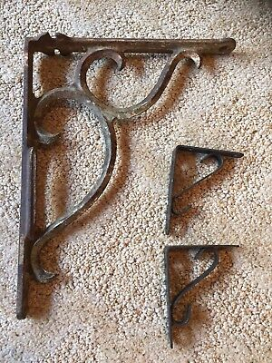 Antique 2lb Large Cast Iron Bracket Decorative Primitive Rustic Shelf Mail Bird