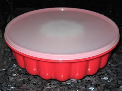 3 Piece RED Jelly Mould - Great Condition - First one i have seen in this colour