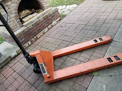 Haul Master -Manual Hydraulic Pallet Jack 5,000 LB Maximum Capacity , used good