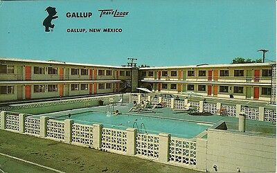 "Gallup NM ""Gallup TraveLodge Motel"" Route 66 Postcard New Mexico  *FREE US SHIP*"