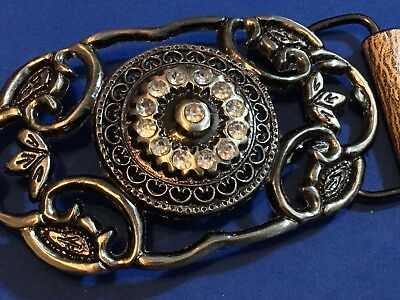 Vintage Belt Buckle - wire style filled with rhinestone flower design