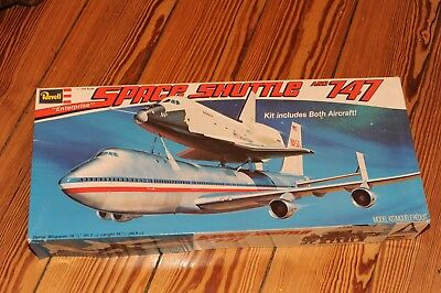 Revell Boeing 747 plus Space Shuttle 1/144