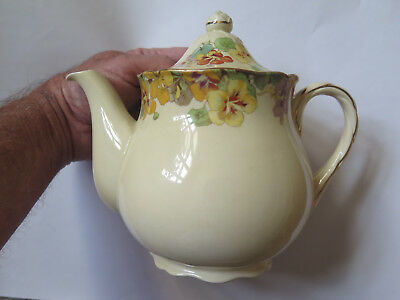 ROYAL DOULTON NASTURTIUM TEAPOT 1939 in EXCELLENT & HARDLY USED CONDITION
