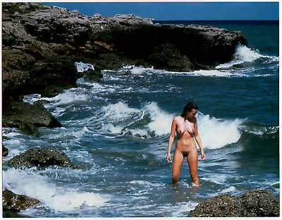 "NUDE WOMAN IN THE SURF NACKTE FRAU IN DER BRANDUNG * Professional 70s Photo ""L"""