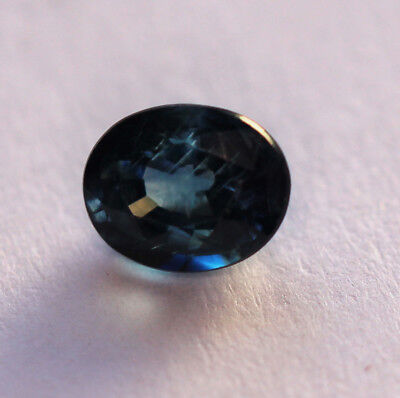 0,79 ct Saphir Naturel de Madagascar