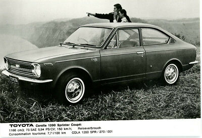Toyota Corolla 1200 Coupe 1970   Period Press Photograph