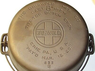 Griswold #8 dutch oven Wth Lid vintage cast iron pan pot Kettle Handled Seasoned