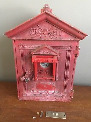 Vintage Cast Iron Gamewell Fire Department Station Alarm Box With Key Antique