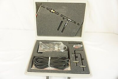 Dwyer Series 475 Mark III Digital Manometer BR With Case and Accessories
