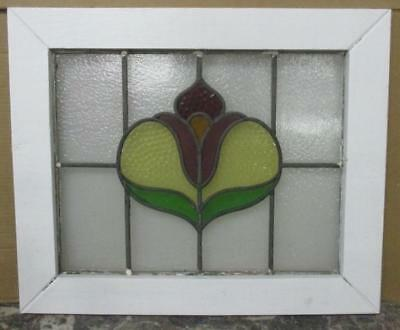 """MID SIZED OLD ENGLISH LEADED STAINED GLASS WINDOW Pretty Floral 23.25"""" x 19.25"""""""