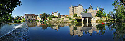 Charente France Verteuil-sur-charente self catering sleeps 4.