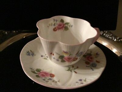 Shelley China DAINTY ROSE & RED DAISY Cup and Saucer 13425 Perfect