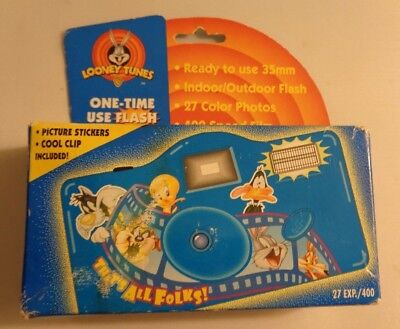 """Looney Tunes 1998 """"That's All Folks"""" Point & Shoot 110 Film Camera"""