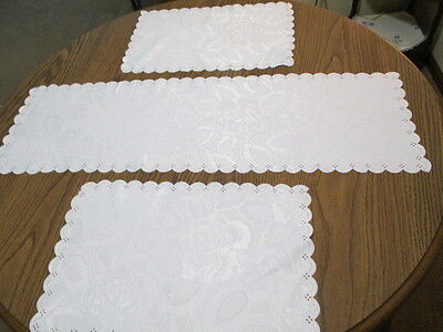 """White damask table set of 1 Runner & 2 Placemats - rose - poly - 36"""" x 11"""" EUC"""