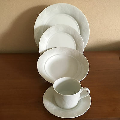 Lindt Stymeist Japan Fine China Diamond White 5 Piece Place Setting Rare