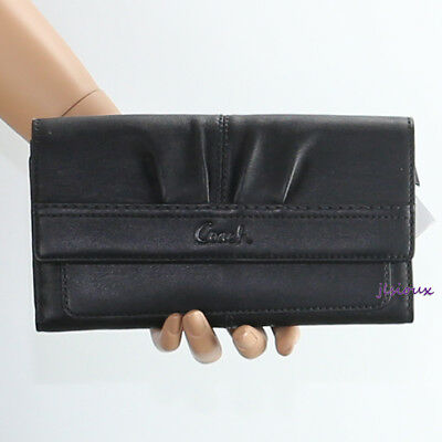 NWT Coach Soho Pleated Leather Slim Envelope Snap Wallet F42813 Black NEW RARE