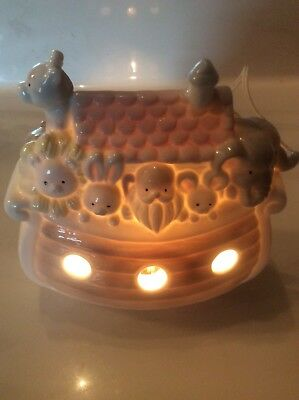 Pre Owned Noahs Ark Childrens Baby Nursery Table Top Light Nite Night Room Decor