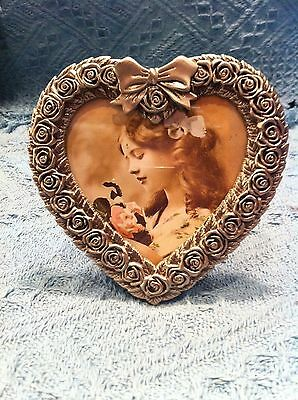 Nos Avon Gift Collection Victorian Heart Picture Frame
