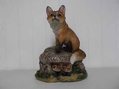G54483 Fox With Cubs On Welcome Rock George Chen Statue Figurine Decoration