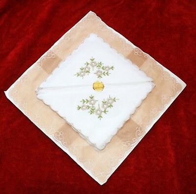 Vintage handkerchiefs hankies SWISS COTTON embroidered flowers scalloped edge