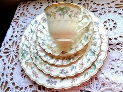 Noritake BROOKHOLLOW Dinnerware NEW 5 Piece Place Floral Garland Scalloped Edge