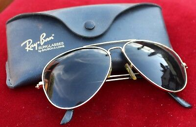 3870a03421 VINTAGE RAY-BAN AVIATOR Sunglasses by Bausch   Lomb w  Case No Logo ...
