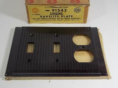 Vintage New Old Stock Arrow Hart Bakelite Wall Plate 2 Switch 1-Duplex Cover