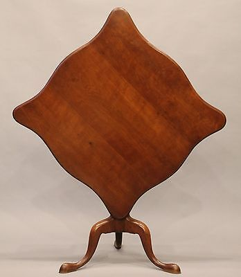 18th Century Chippendale Serpentine Tilt Top Tea Table Cherry Connecticut Chapin