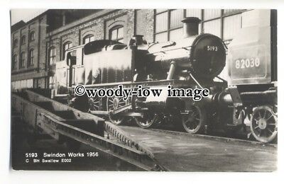 ry1354 - B.R.Locomotive Engine No.5193 at Swindon Works in 1956.- postcard