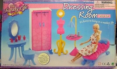 *NEW* Gloria Barbie Doll House Dressing Room Play Set (2909)