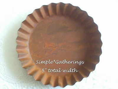 "Rusty Fluted Candle Pan Tray 5"" Wide Primitive Rustic for Pillar/Jar Candle"