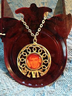 Nos Vintage Elvis Presley Boxcar Large Round 1960's Picture Necklace