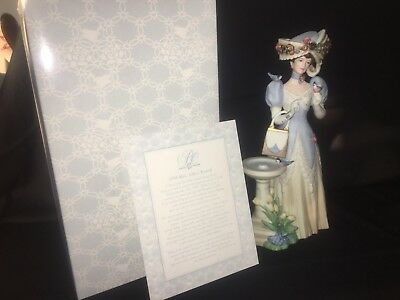 Mrs Albee Victorian Lady Vintage Dress Design Avon Figurine 1998 Bird Bath