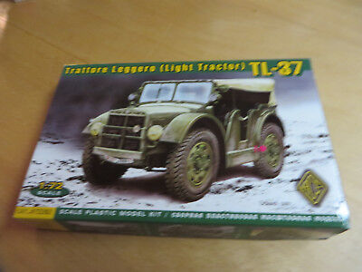 ~*~ACE - Light Tractor TL-37 1/72~*~