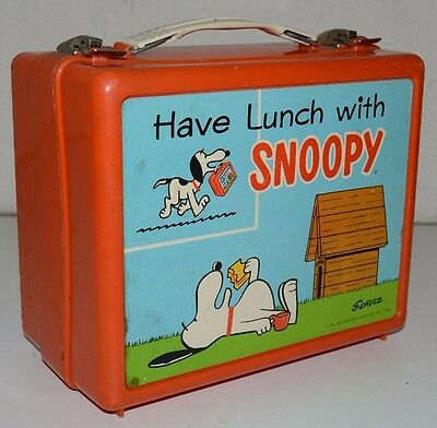 Vintage SNOOPY Peanuts Gang Plastic 1968 Canadian Lunchbox Canada Ultra Rare C8