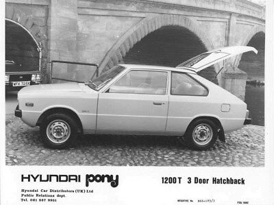 1982 Hyundai Pony 1200T 3 Door Hatchback Korea ORIGINAL Factory Photo oua0935