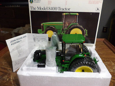 John Deere 1:32 Model 8400 4WD Tractor Precision Classics #8 - In Box-Damaged