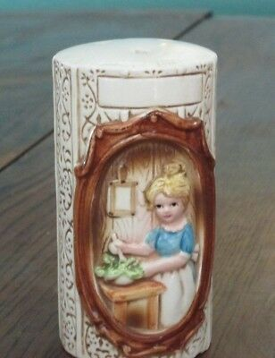 Sears, Roebuck & Co. 1978 Country Coordinates Pioneer Women Girl Salt Shaker
